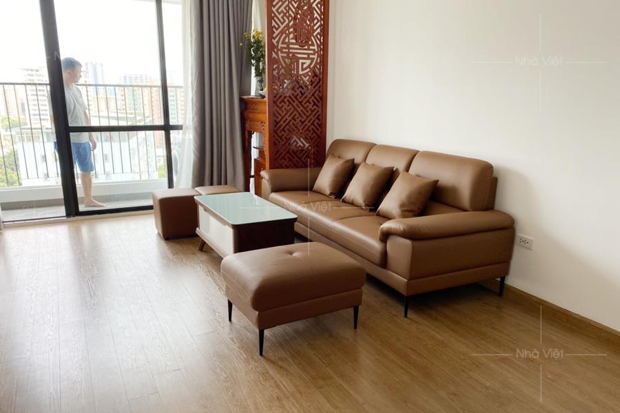 Bàn giao sofa văng da nhà anh Quốc - Chung cư Iris Garden - 30 Trần Hữu Dực