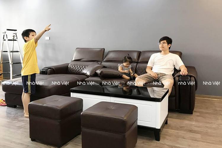 Bàn giao sofa da góc nhà anh Việt - Lê Văn Lương