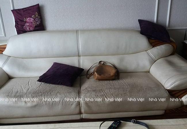 Một số thói quen làm xấu bộ ghế sofa da đang dùng