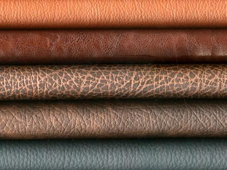 Bọc sofa gỗ bằng da thật